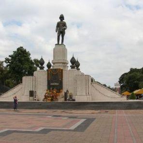Bangkok_parco_Lumphini