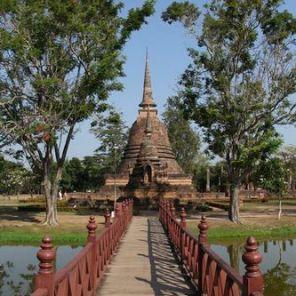 Sukhothai_Wat-Sa_Si_02