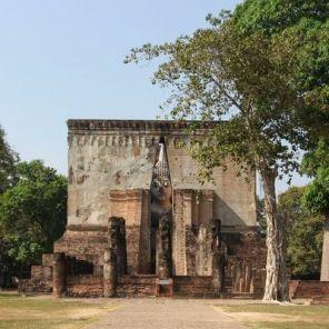 Sukhothai_Wat_Si_Chum_01