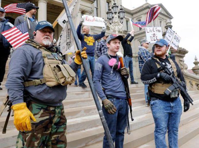 corriere.it-Coronavirus in migliaia manifestano con le armi contro il lockdown in Michigan